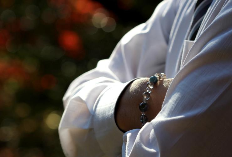 「愛と安定」~愛情運Lタイプ~ブレスレットの着用画像2