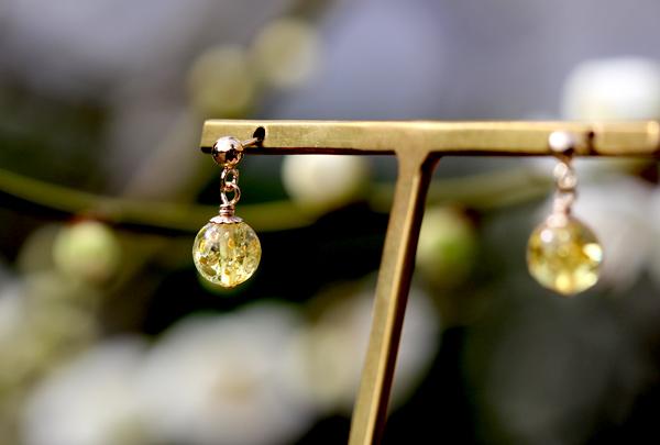 「煌き」高品質スパークリング・ハニーレモンアンバーピアスのイメージ画像2