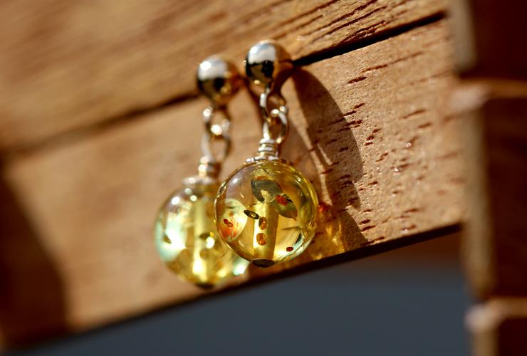 「煌き」高品質スパークリング・ハニーレモンアンバーピアスのイメージ画像6