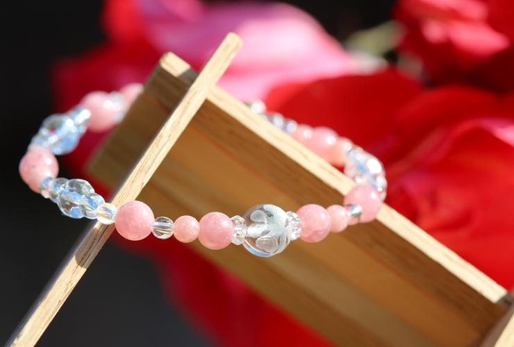 「薔薇色」インカローズ・水晶(クォーツ)花かずら(6mm)ブレスレットのイメージ画像3