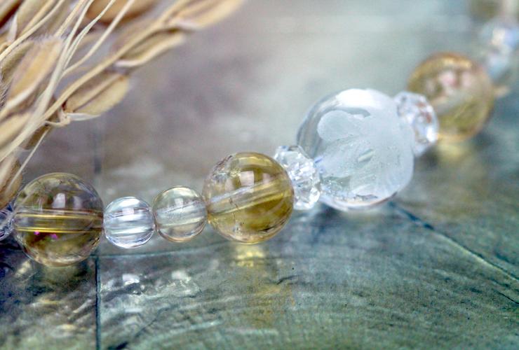 「向日葵色」シトリン・水晶(クォーツ)花かずら(6mm)ブレスレットのイメージ画像3