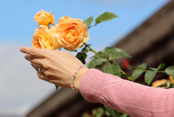 「一陽来復運」インカローズ・プレナイト・ラリマー・ブルートパーズ・水晶(クォーツ)鳳凰(6mm)ブレスレットのイメージ画像4