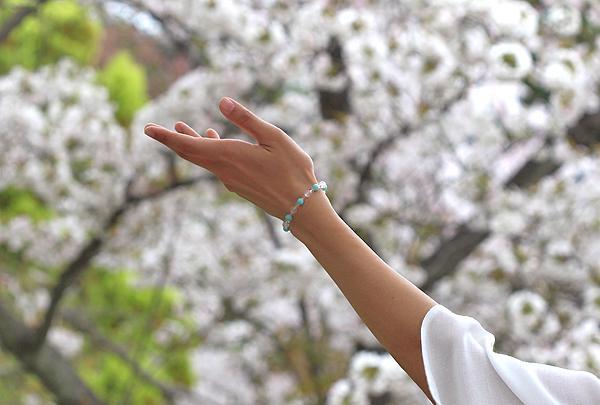 「春の息吹」ローズクォーツ・アマゾナイトブレスレット(相合い~相生6ミリ~)のメインフラワーイメージ