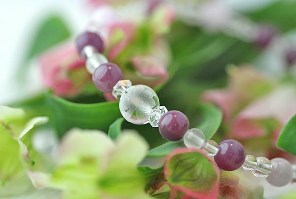 「文月」7月の誕生石ルビーブレスレット(こよみ月~花かずら6ミリ~)のメインフラワーイメージ