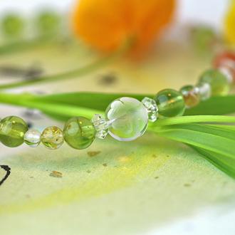 「葉月」8月の誕生石ペリドットブレスレット(こよみ月~花かずら6ミリ~)のサブフラワーイメージ