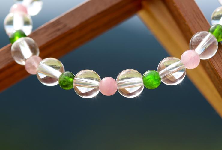 「愛に向き合う」最高品質水晶・ダイオプサイト・ピンクトルマリンシリカブレスレットのイメージ画像2