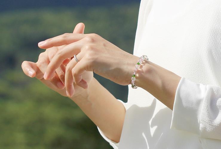 「愛に向き合う」最高品質水晶・ダイオプサイト・ピンクトルマリンシリカブレスレットのイメージ画像3