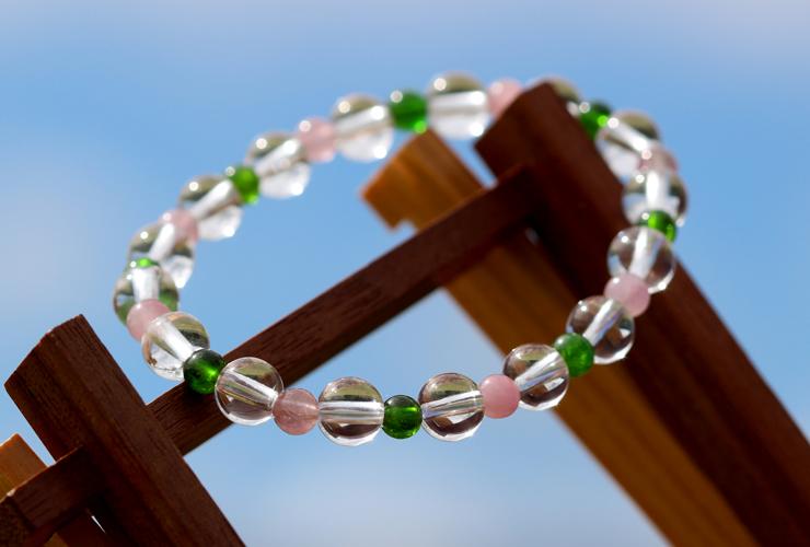 「愛に向き合う」最高品質水晶・ダイオプサイト・ピンクトルマリンシリカブレスレットのイメージ画像6