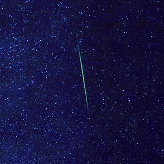 「Wish Star(ウィッシュスター)」ホワイトトパーズオーダーメイドネックレスのサブフラワーイメージ