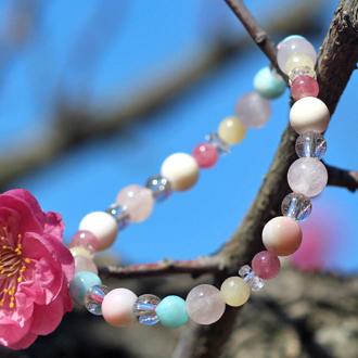 「春告草」高品質クイーンコンクシェルブレスレット(御あつらえ~クイーンコンクシェル~)のイメージ画像4