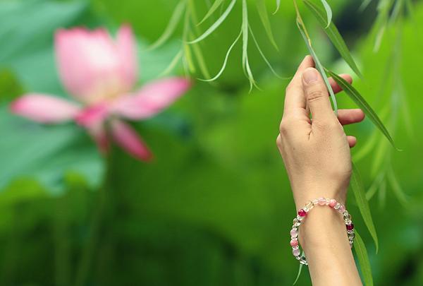 「蓮花」最高級品質ルビーブレスレット(おあつらえ~ルビー~)のイメージ画像2