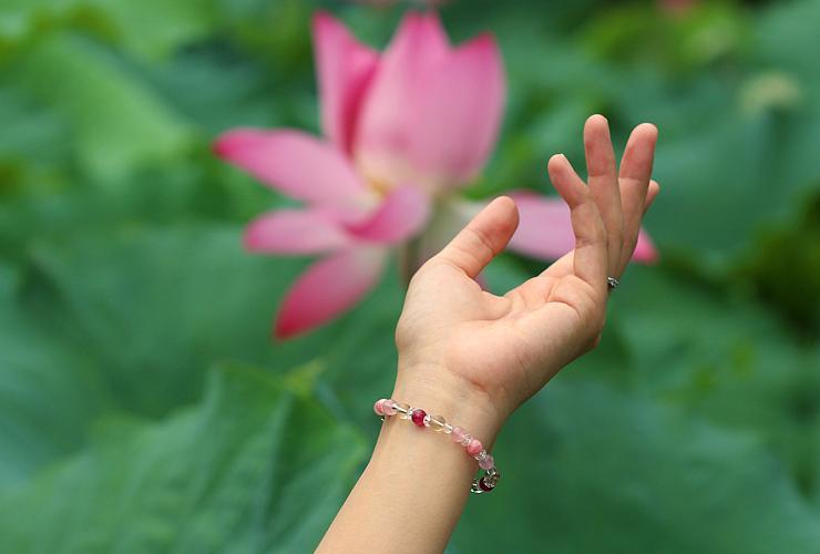 「蓮花」最高級品質ルビーブレスレット(おあつらえ~ルビー~)のイメージ画像6