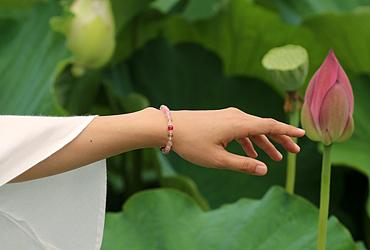 「蓮花」最高級品質ルビーブレスレット(御あつらえ~ルビー~)のイメージ画像7