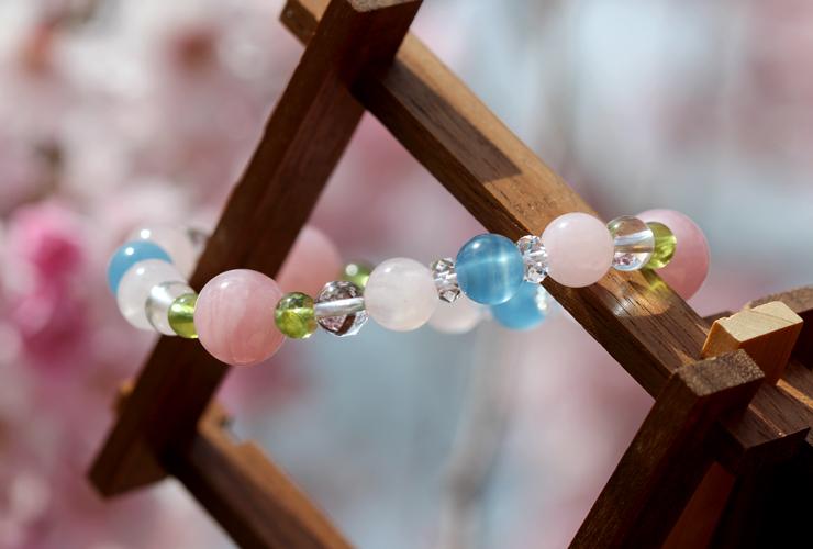 「佐保姫」最高級品質ローズクォーツ・ブルーカルサイトブレスレット(御あつらえ~ローズクォーツ~)のイメージ画像6