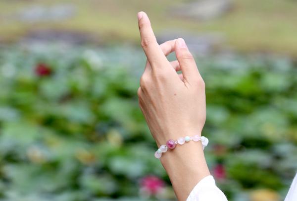 「玉」高品質ピンクトルマリンシリカブレスレットのイメージ画像2